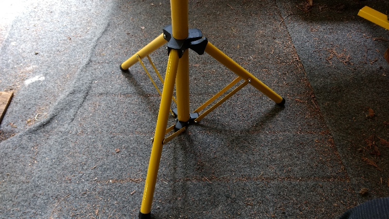 Tripod SD-S-S D|8H Portable Working LED(New).Lightweight tripod is perfect for all GLLL portable LED.
